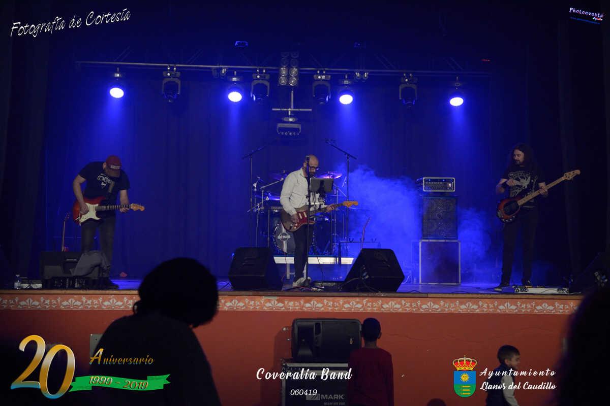 Concierto de Coveralia Band, 20 Aniversario de Llanos
